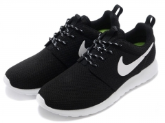 Nike Roshe Run black/white