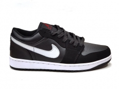 Air Jordan 1 Retro Low Black/White