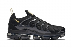 Nike Air VaporMax Plus Black/Gold 5951