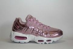 Nike Air Max 95 Metallic Pink