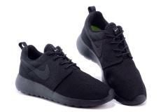 Nike Roshe Run all black
