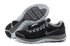 Nike Lunarglide+ 4 black/grey